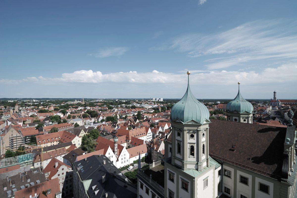 Augsburg Business School Weiterbildungen und Seminare im Management